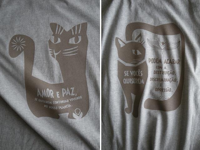 AMOR e PAZ Tシャツ-地球に住み続けるなら愛と平和を-hinolismo-迷えるウスズミ